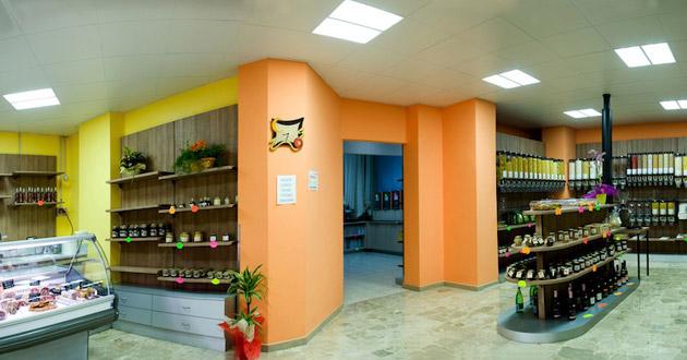 Plafoniere Per Negozi Alimentari : Carecaled installazione alimentari point